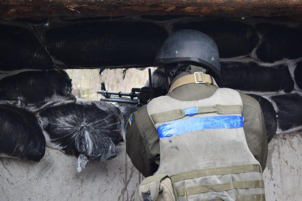 НаЛуганщині бойовики намагались захопити позиції ЗСУ і зазнали втрат