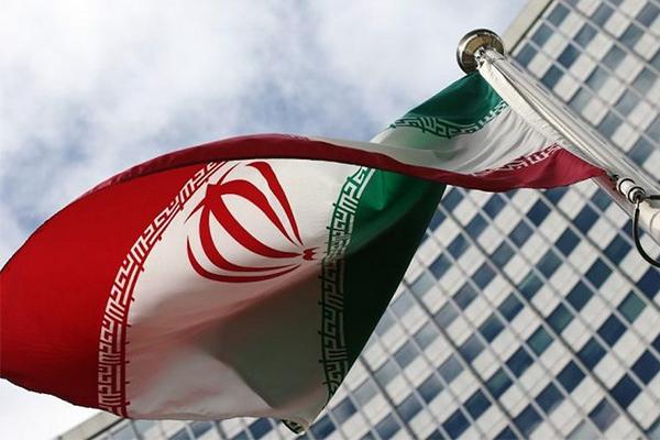 Руководитель  МИД Ирана назвал «противоречивым» объявление  Белого дома отерактах вТегеране