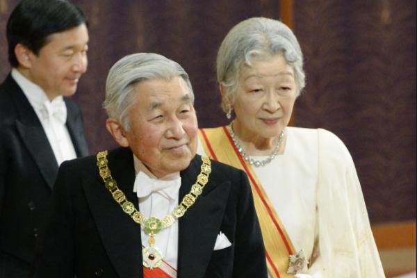 Імператору Японії дозволили зректися престолу— вперше за200 років