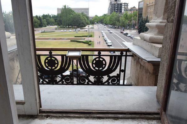 Миколаївський мер утік від поліції у вікно
