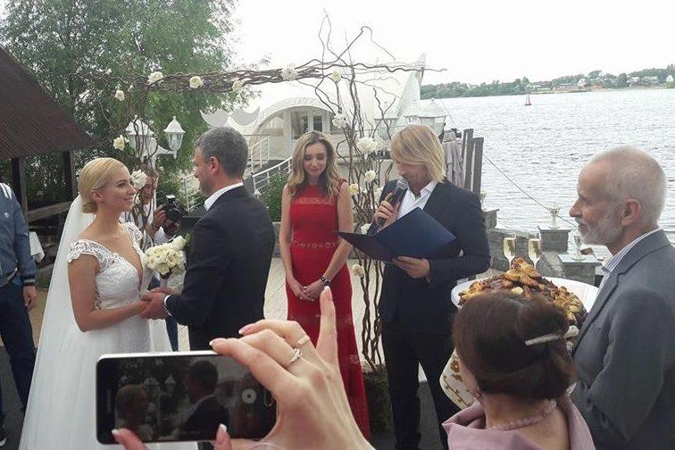 Свадьба Тони Матвиенко иАрсена Мирзояна: первое фото