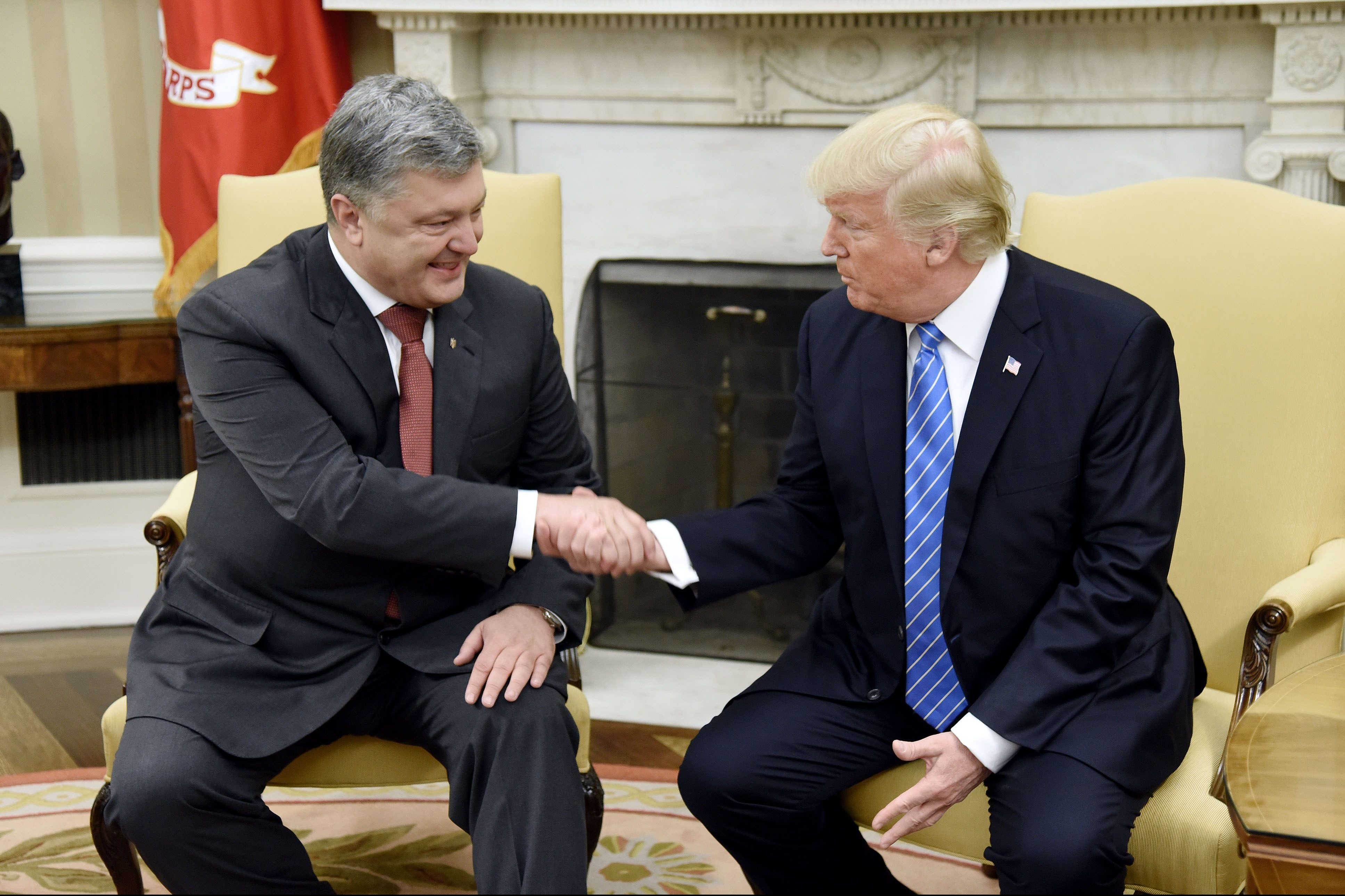 Трамп може допомогти принести мир вУкраїну— Порошенко
