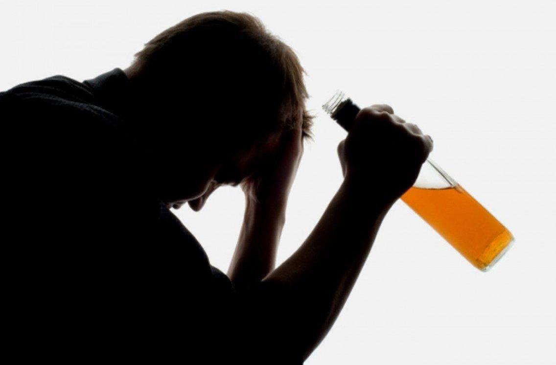 Гірший заглід: вРосії масове отруєння невідомим алкоголем