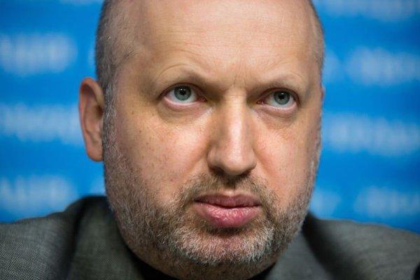 Турчинов анонсував перетин кордону зі зняттям біометрії для громадянРФ
