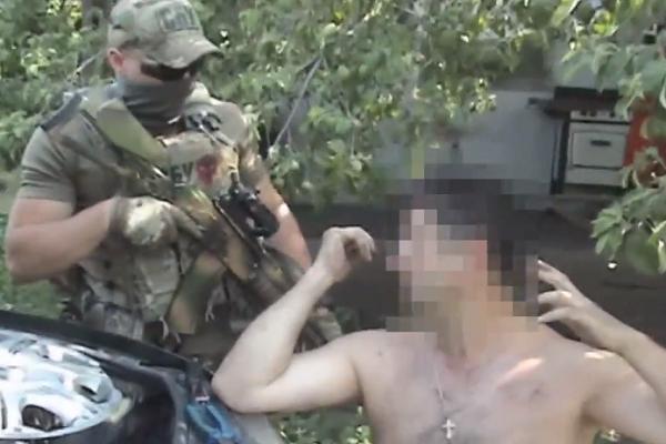 Затриманий командир бойовиків «ЛНР» зізнався, щоними командують зРосії