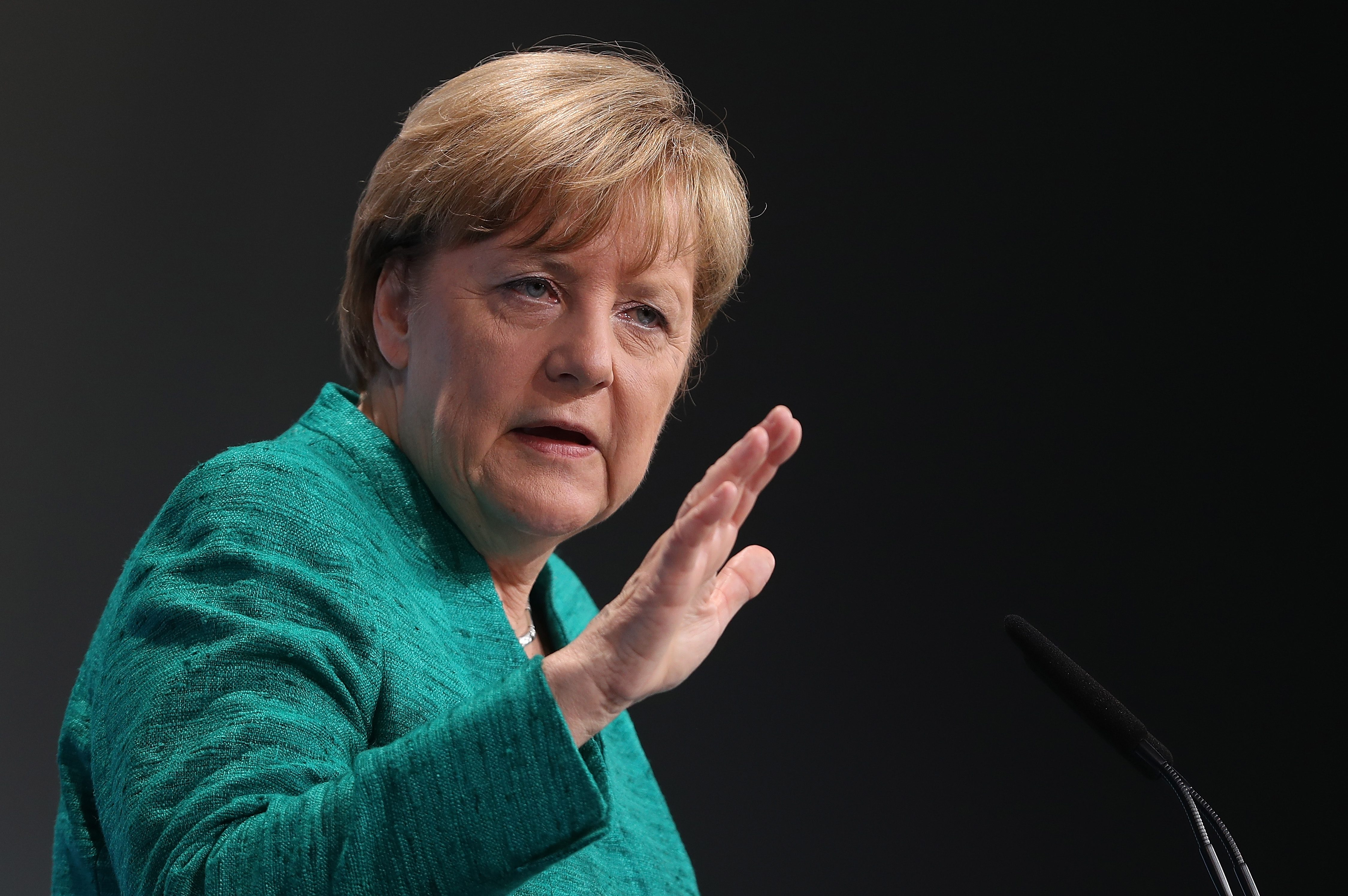 Меркель підтвердила домовленість про «нормандську» телефонну розмову