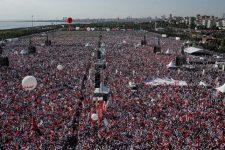 Мітинг у Стамбулі