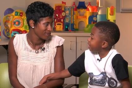 УСША вчені підтвердили успіх пересадки обох рук 8-річному хлопчику