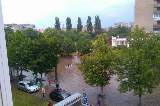 Злива у Луцьку