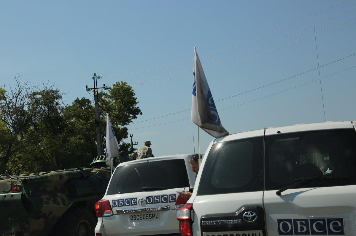 Біля кордону зРФ зафіксували рух військового транспорту