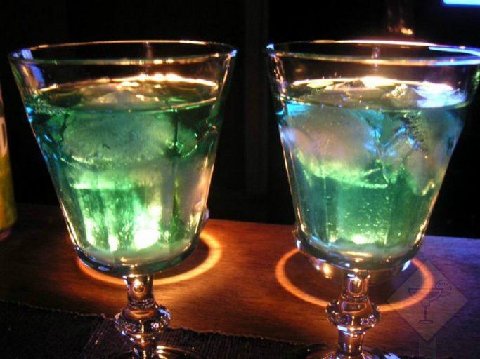 самый простой способ пить абсент дома