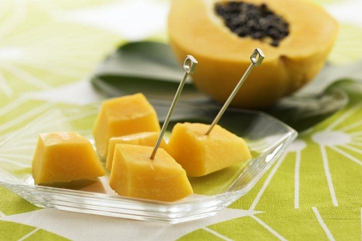 ВСША неменее ста человек отравились фруктами изМексики