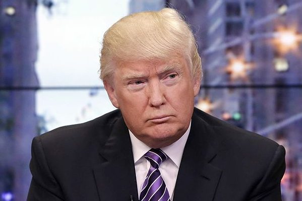 Трамп пригрозил Ким Чен Ыну беспрецедентным ответом вслучае атаки наГуам
