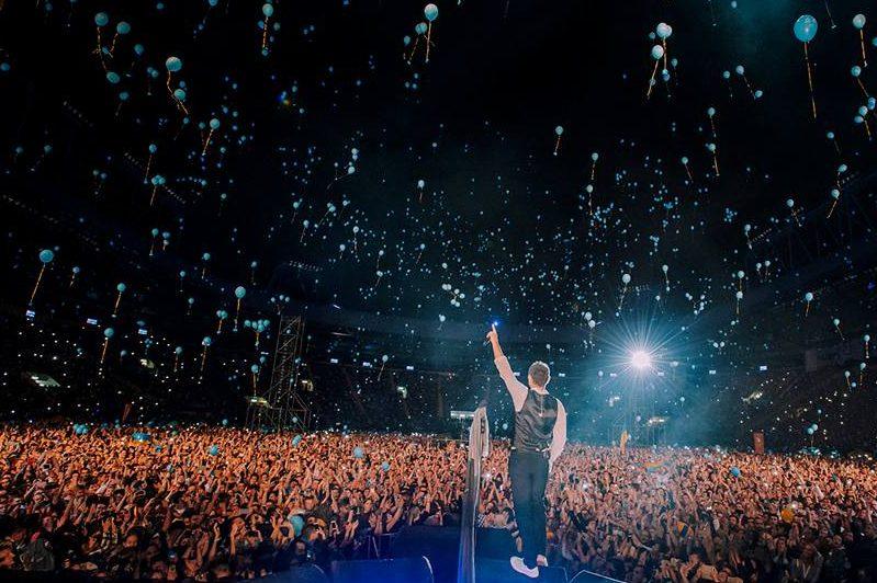 Новым «хитом» группы «Океан Эльзы» стал гимн Украины, исполненный вХарькове