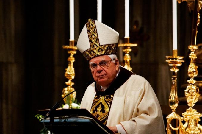 архієпископ Бостона кардинал Бернард Френсіс Лоу