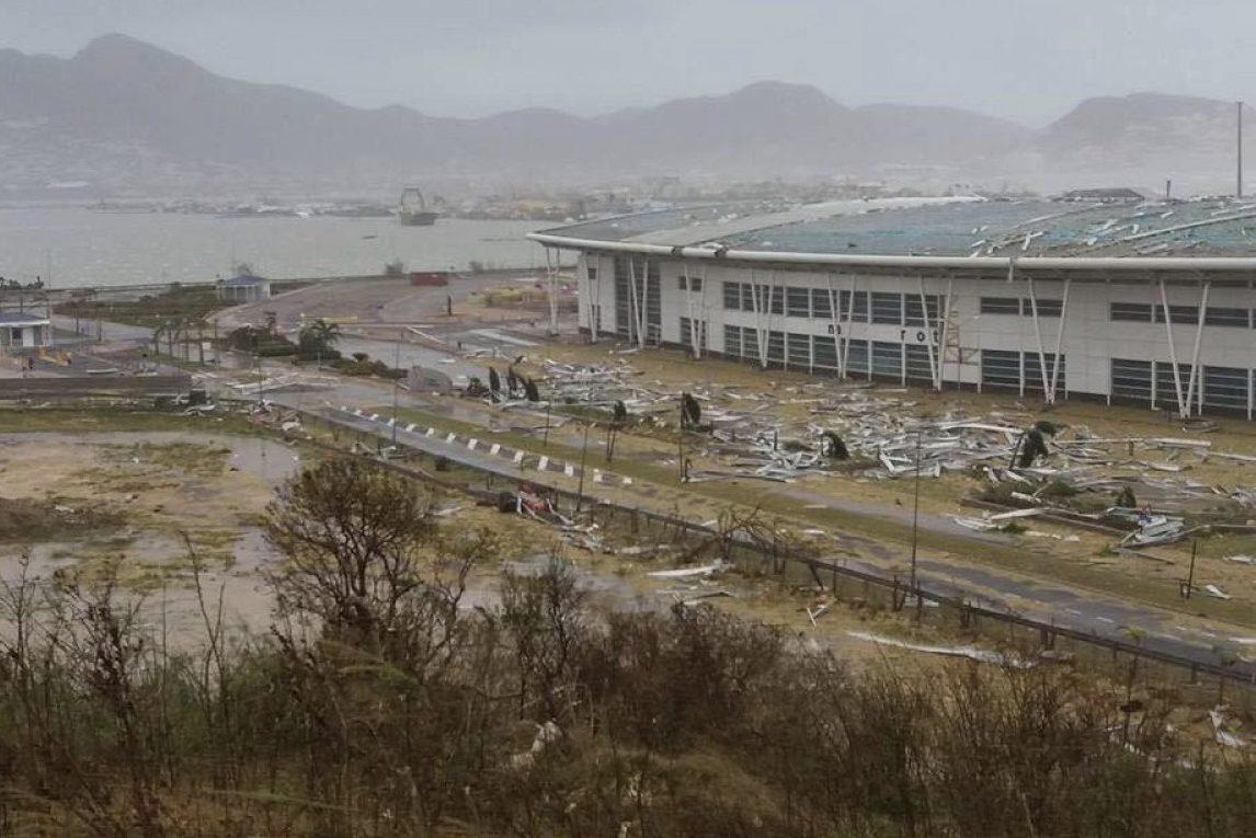Зруйнований аеропорт