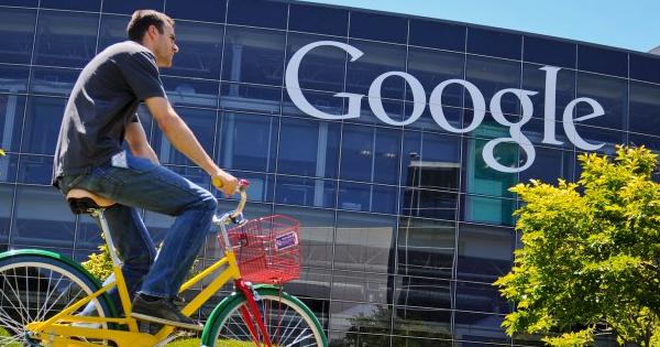 Работники материнской компании Google зарабатывают около 200 000 долларов вгод