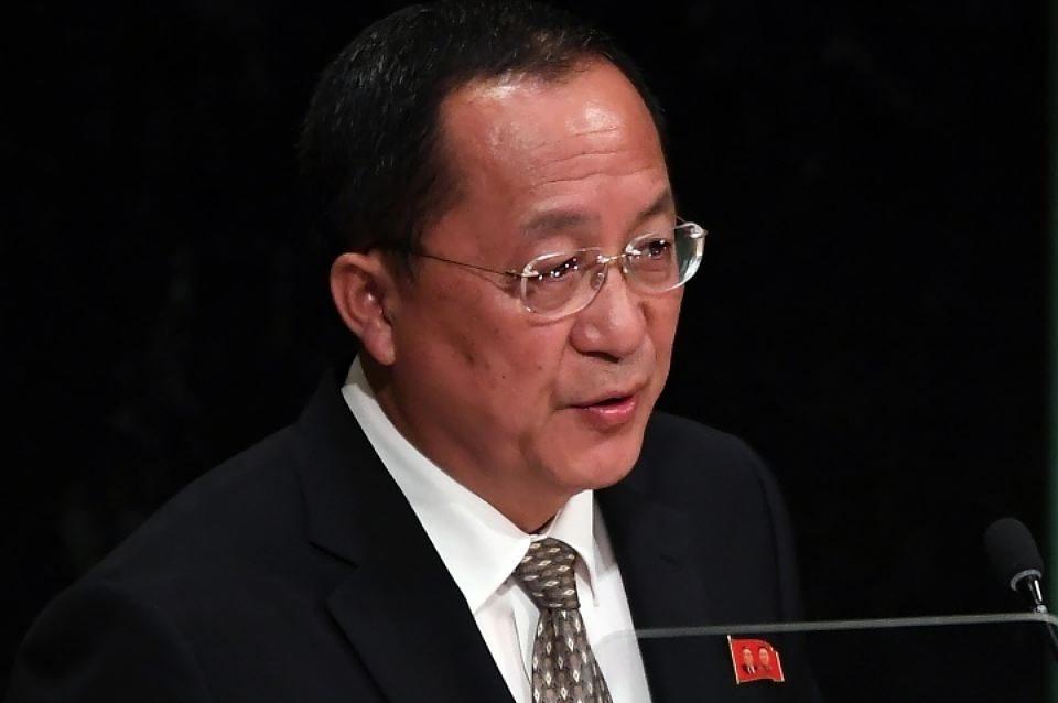 Власти КНДР сообщили, что уних есть право сбивать бомбардировщики США