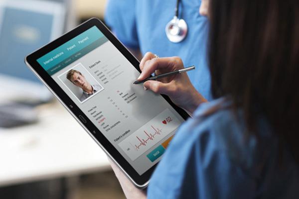 З2018 лікарі видаватимуть електронні рецепти