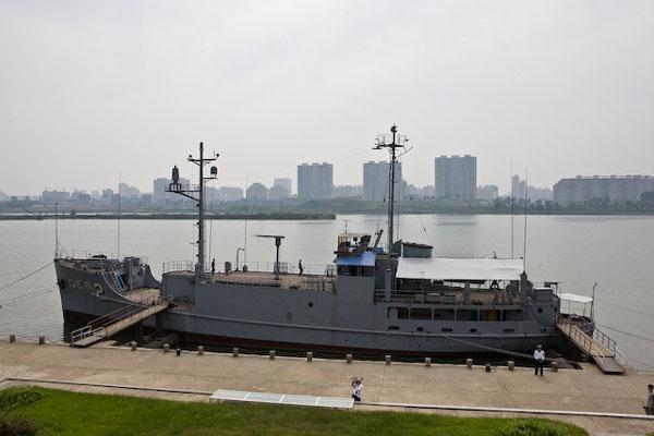 Корабль КНДР