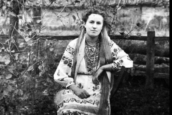 Фейкова бабуся Собчак