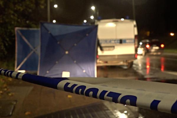 ВПольше неизвестные наавтобусной остановке зарезали украинца