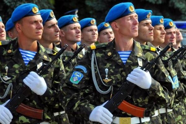 «Борцы сАрмагеддоном»: вУкраинском государстве  сменили дату Дня десантника