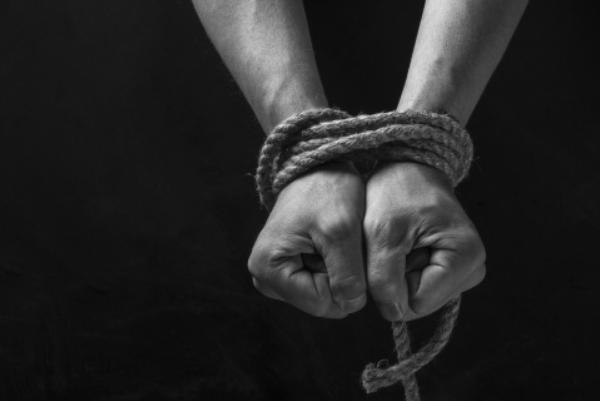 УХарківській області чоловік згвалтував двох жінок