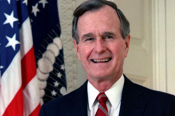 Джорджа Буша-старшего обвинили вдомогательствах: девушке было 16 лет