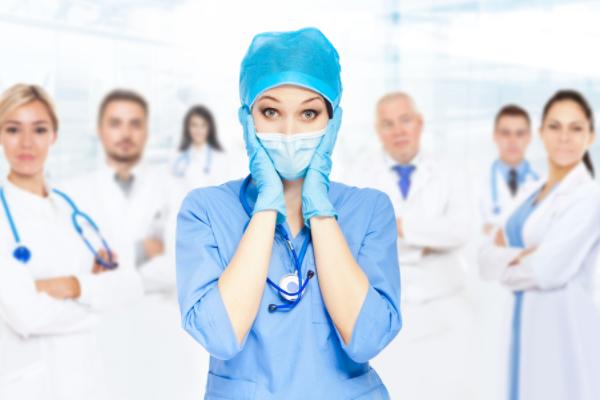 Втрусах итопах: откровенный танец медсестер «взорвал» Сеть