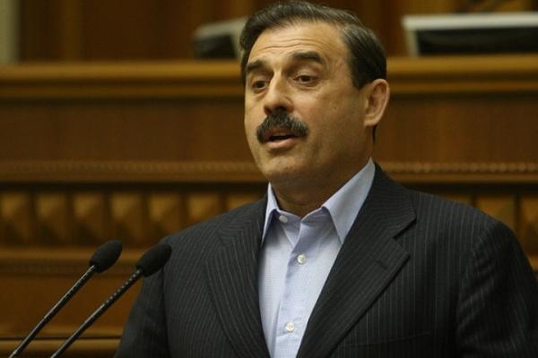 УРаді депутата змусили перейти наукраїнську