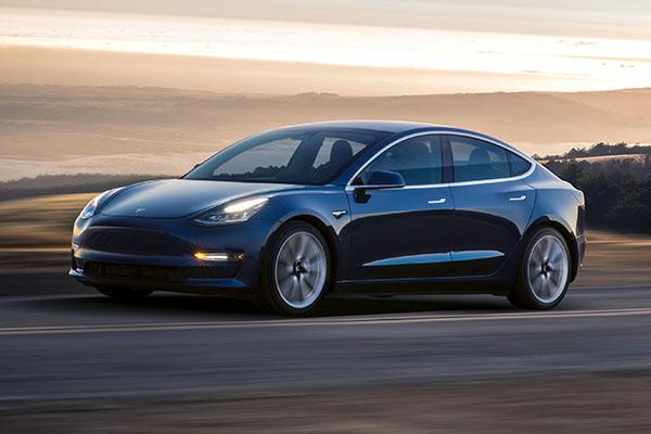 СМИ: Tesla допускает много брака в электромобилях