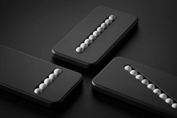 В Вене представили Substitute Phone — «гаджет» для помощи зависимым от смартфона