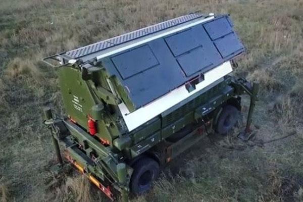 Порошенко показав новий український 3D-радар, який «бачить» 500 цілей одночасно (ВІДЕО)