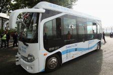 Безпілотний автобус
