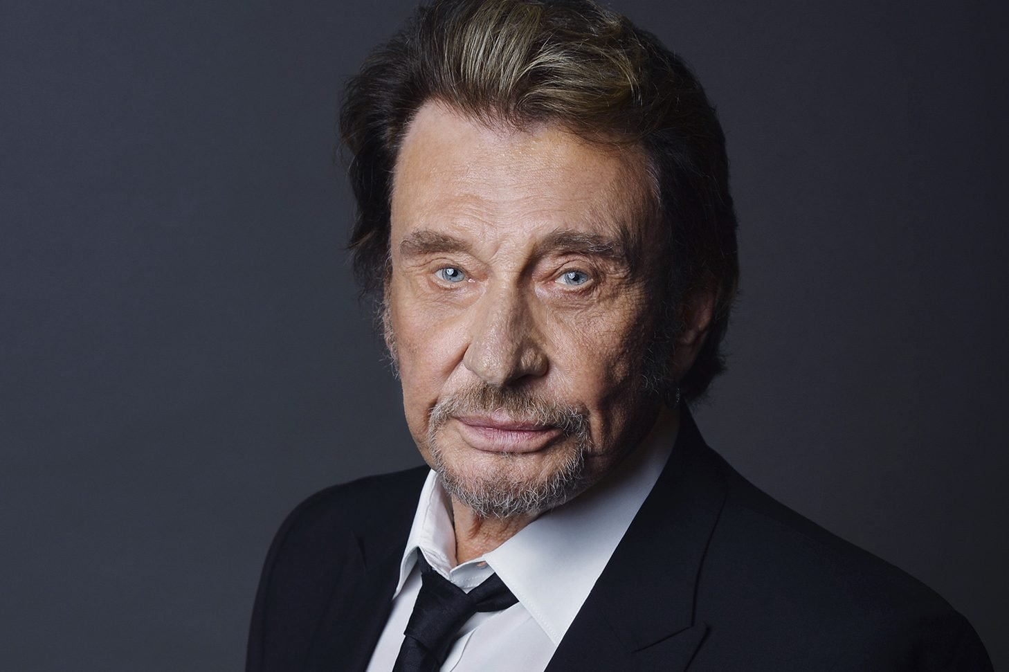 Скончался французский рок-музыкант и артист Джонни Холлидей