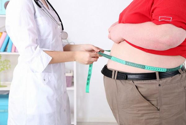 Ученые: Ожирение вполне может стать заразным