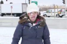 снежок в лицо