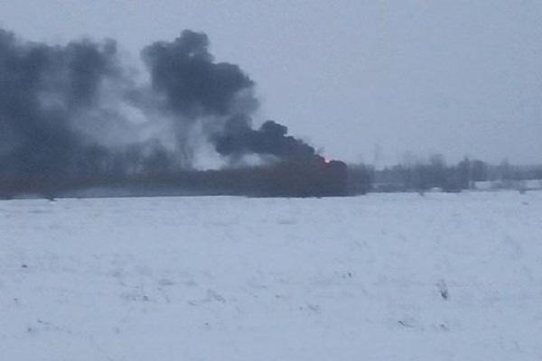 НаКиївщині сталася пожежа біля військового аеропорту