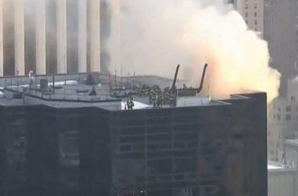 Загорелcя небоскреб Trump Tower
