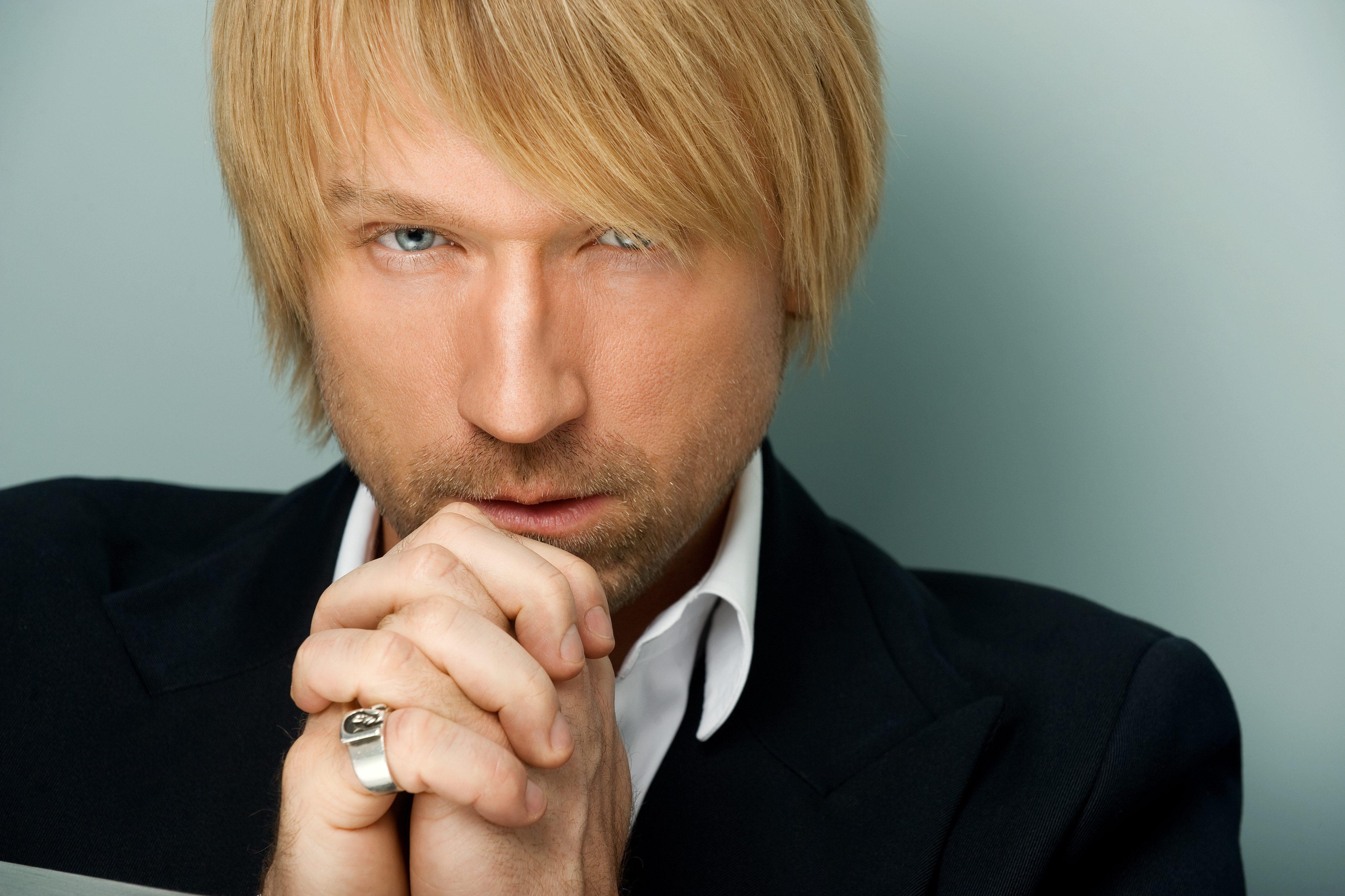 Олег Винник представил новую песню