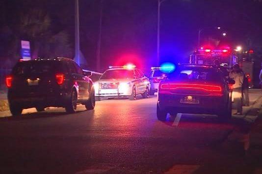 Три подростка пострадали при стрельбе вОрландо