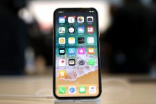 В iPhone 8 нашли серьезный дефект