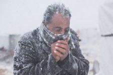 Понад -20° та льодяний дощ. Європу засипає снігом та фіксують аномальні морози