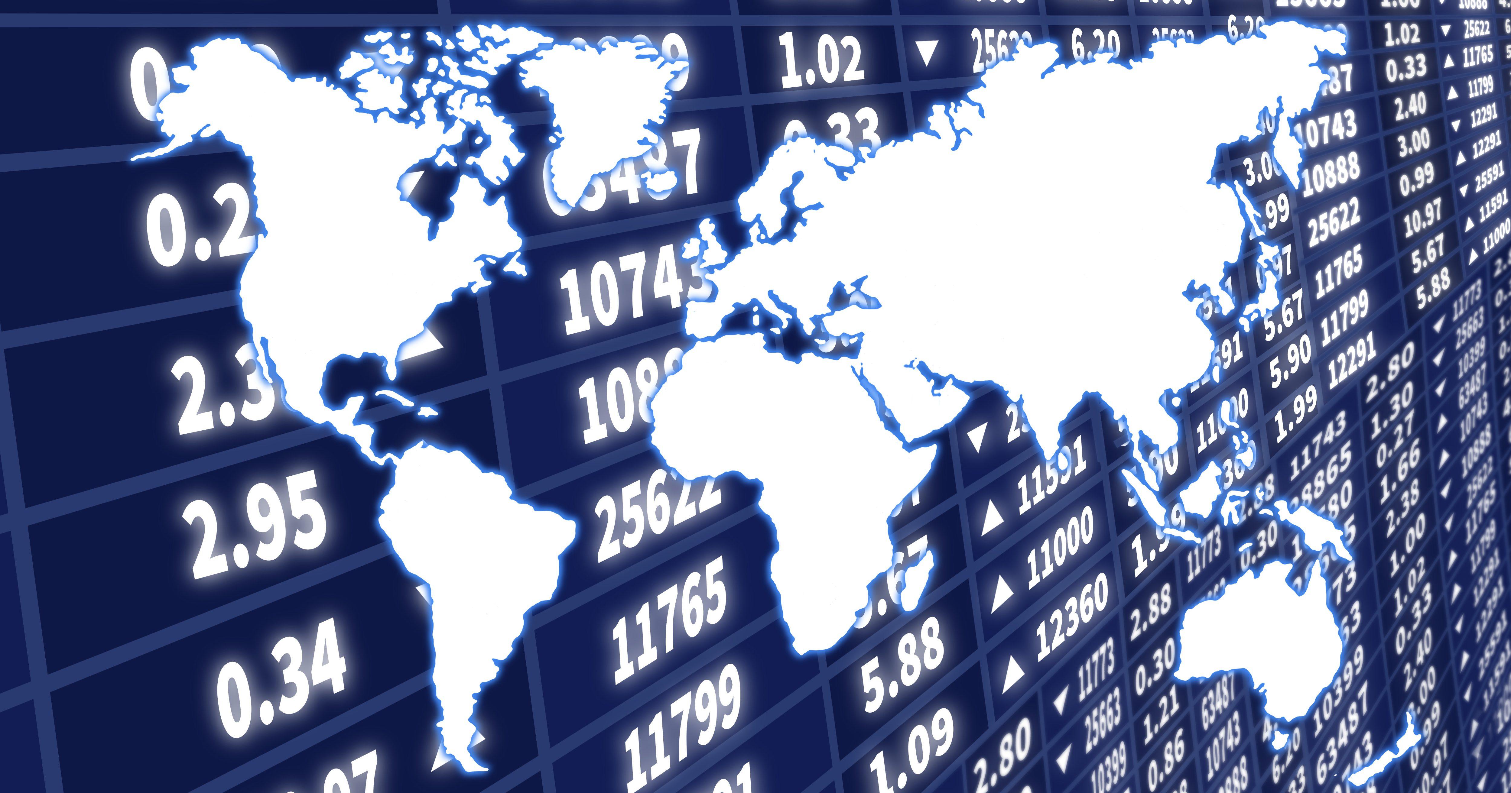 Обзор: нефтетрейдеры изучают отчеты МЭА, рубль пытается стабилизироваться