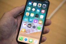iPhone X после 2 недель в реке – что случилось со смартфоном
