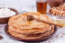 Млинці на Масляну: топ-7 рецептів з фото і відео