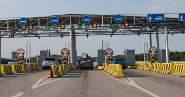 Кононенко: Строительство платных дорог несомненно поможет привлечь инвестиции