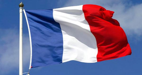 Міністр закордонних справ Франції зустрівся з послами із США і Австралії