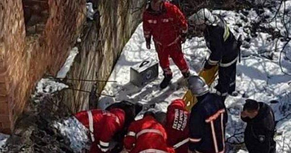 УКоломиї на16-річного хлопця впала величезна бетонна плита. ФОТО+ВІДЕО